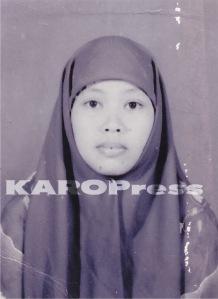 Pasfoto Siti Aisyah yang digunakan untuk melamar CPNS di Pemkab Karo.  (Eksklusif KAROPress)
